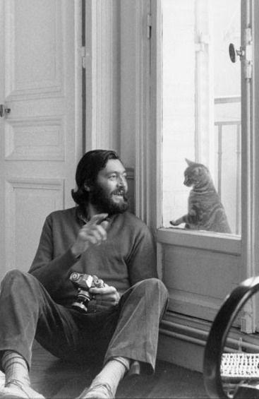 Kitzalet Los escritores y los gatos Julio Cortazar - Kitzalet - Los escritores y los gatos (Julio Cortazar)