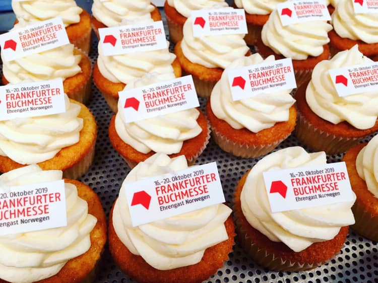 Kitzalet Feria del libro de Frankfurt 3 Imagen tomada de la cuenta oficial de Facebook - Kitzalet Feria del libro de Frankfurt 3 Imagen tomada de la cuenta oficial de Facebook
