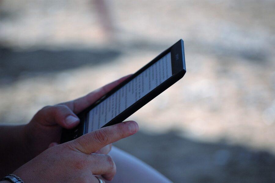 Kitzalet Publica tu libro digital en 3 pasos Kindle 900x598 - Kitzalet Publica tu libro digital en 3 pasos Kindle