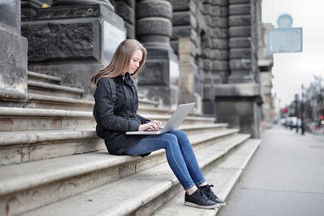 Kitzalet Espacio y tiempo para escribir Persona al aire libre - Kitzalet Espacio y tiempo para escribir Persona al aire libre